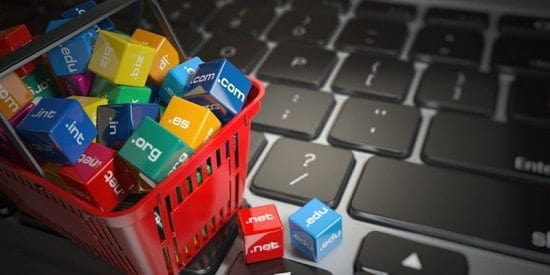 La URL se usa para indexar webs o documentos dentro de un servidor