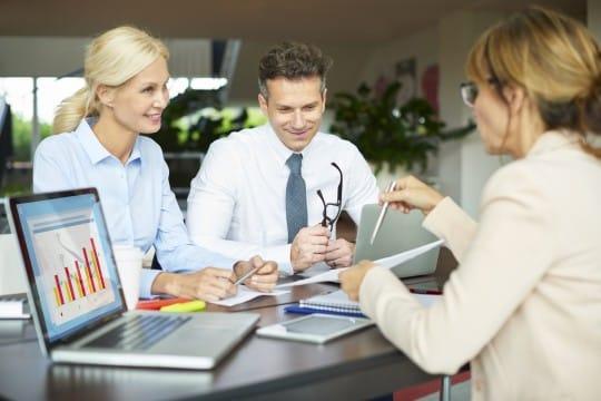 ventajas e inconvenientes de emprender un negocio